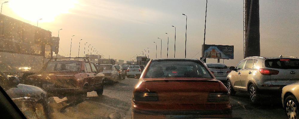 Il Cairo, traffico in tangenziale
