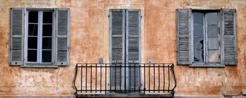 La casa delle finestre senza tende
