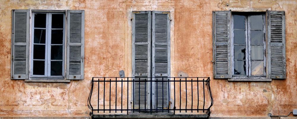 La casa delle finestre senza tende un racconto di daniele cutali - La casa con le finestre che ridono ...