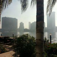 Non è nebbia è smog, vista da el gezira (l'isola)