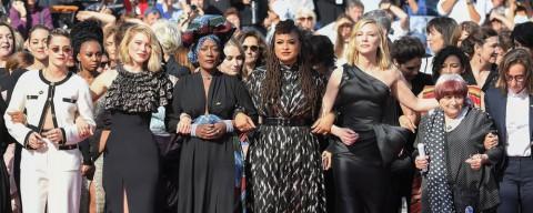 En marche vers la parité , a Cannes una passerella-marcia verso la parità