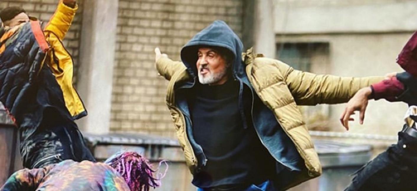 Samaritan, tutto sul nuovo film con Sylvester Stallone nei panni di un attempato supereroe. L'articolo di Fabio Chiesa per Sugarpulp MAGAZINE.