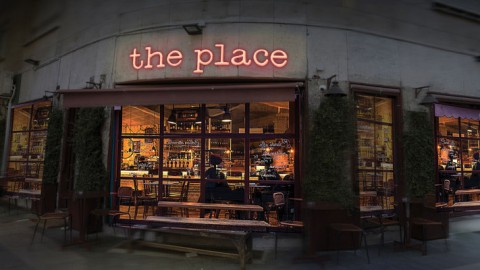The Place, la recensione