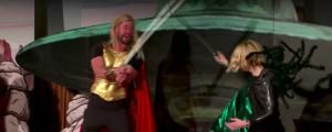 Thor 4D, il cast originale di Thor in un esilarante show teatrale